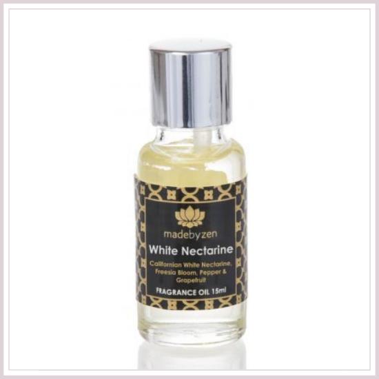 White Nectarine Parfümolaj Madebyzen